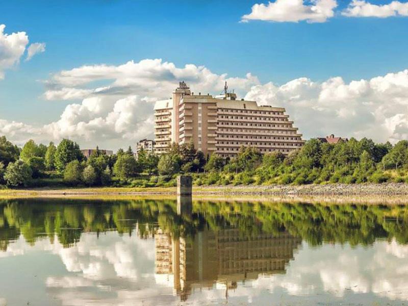 Truskawiec Sanatorium Karpaty 1