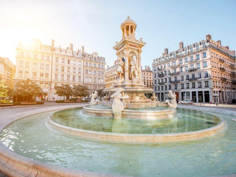 Paryż 8